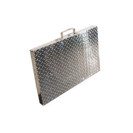 Scratch and Dent - Diamond Plated Aluminum Grill Cover | Fits 28 in. Blackstone Griddle | V2 - FINAL SALE