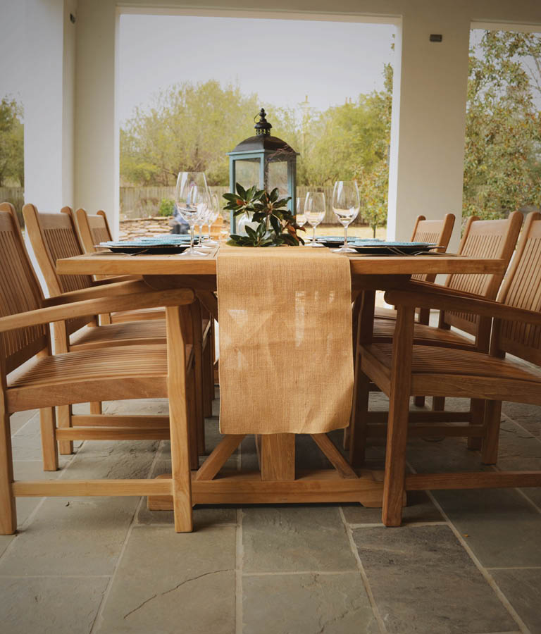 Promotion - Titan Teak Table and Chairs with wine glasses and plates set